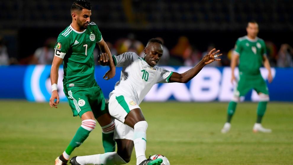Mahrez y Mané durante la pasada Copa África 2019