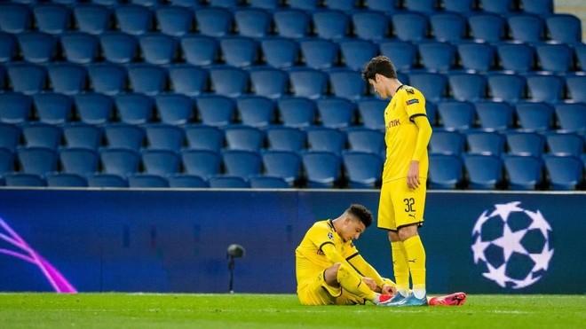 La UEFA estudia parar todas las competiciones de futbol por la crisis...