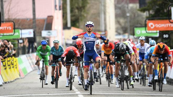 Bonifazio se impone en el esprint de la quinta etapa de la París Niza