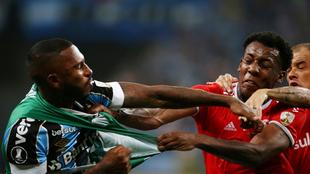 Paulo Miranda a golpes con Moises.