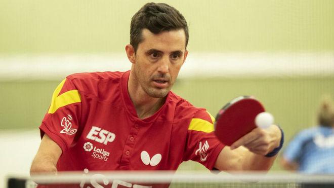 José Manuel Ruiz, durante un partido de tenis de mesa.