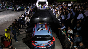 Dani Sordo, en la ceremonia de salida del Rally de México.