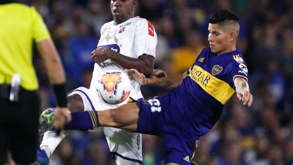 Campuzano durante un partido con Boca Juniros.