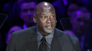 Michael Jordan durante el memorial de Kobe Bryant
