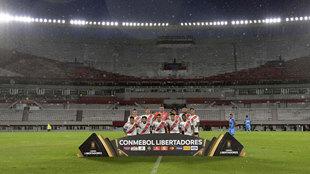 River Plate posa antes del partido de Libertadores ante el Binacional.