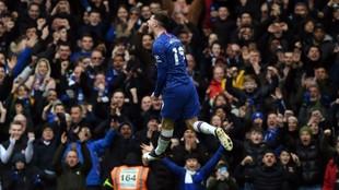 Mason Mount celebra un gol con el Chelsea