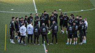 La plantilla del Real Madrid, durante un entrenamiento.