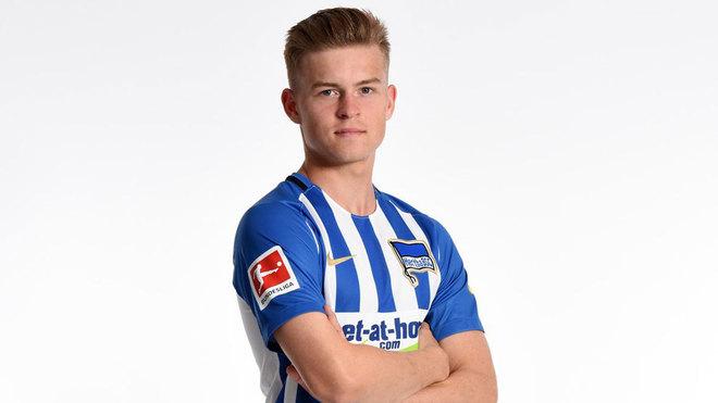 Maximilian Mittelstädt, con el Hertha.