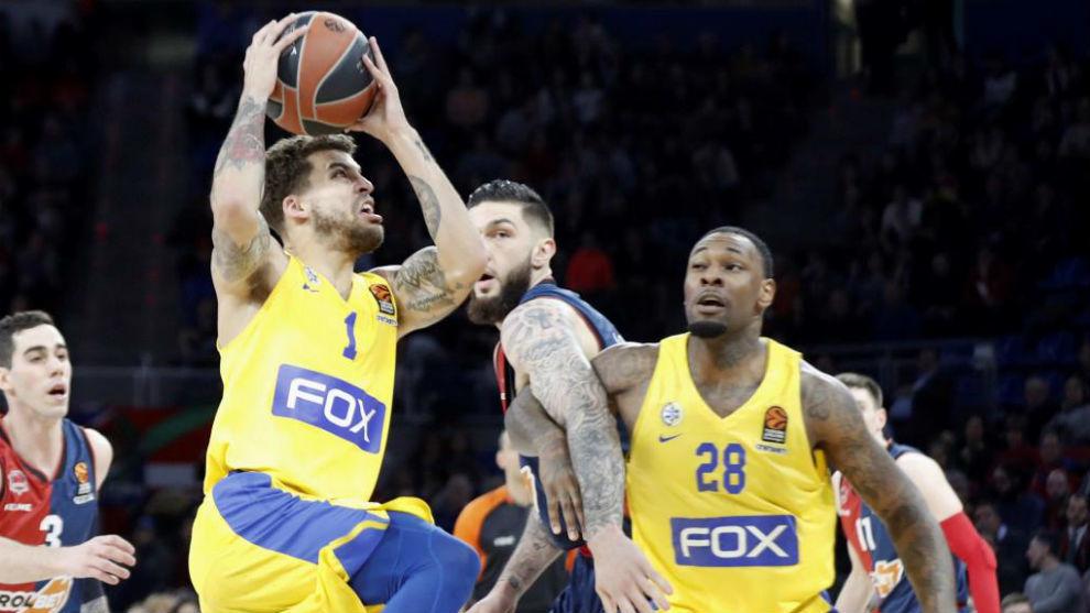 Wilbekin, estrella del Maccabi, en acción en el partido de Euroliga...