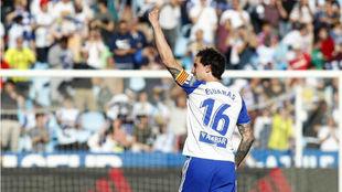 Eguaras celebra un gol en La Romareda.