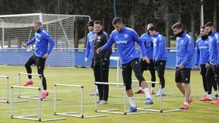 La plantilla del Alavés, en un entrenamiento.