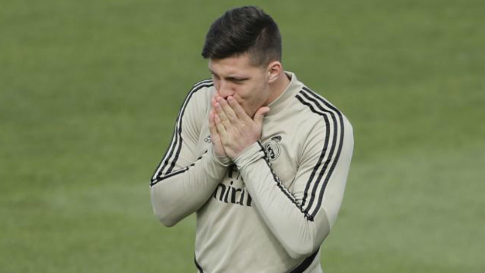 Jovic, en un entrenamiento del Real Madrid.