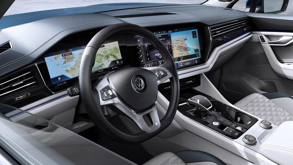 Las pantallas digitiales han 'tomado' nuestros coches.