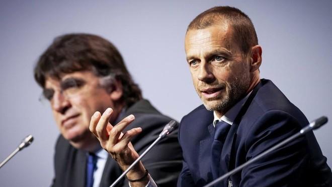 El presidente de la UEFA,  Aleksander Ceferin, durante una rueda de...