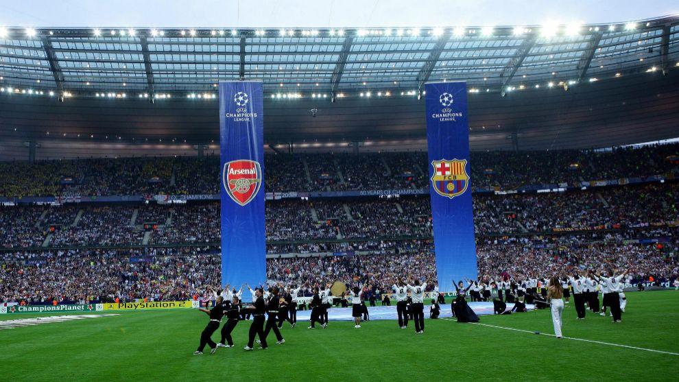 Ceremonia preliminar del Arsenal - Barcelona