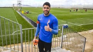 Rui Silva posa para MARCA en un entrenamiento del Granada.