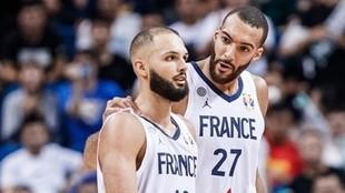 Evan Fournier y Rudy Gobert, durante un partido con la selección de...