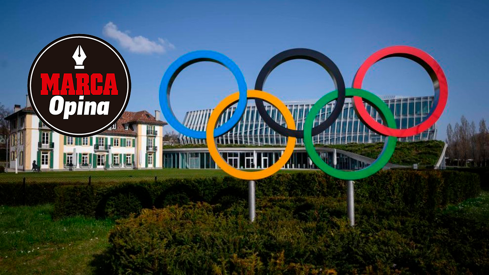 La sede del COI en Lausanne con los aros olímpicos presidiendo el...