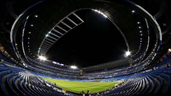 El estadio Santiago Bernabéu, vacío.