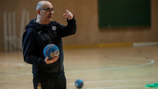 Jordi Ribera, en un entrenamiento de la selección española /