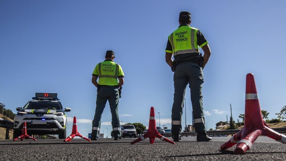 Guardias Civiles en un control de estos últimos días.