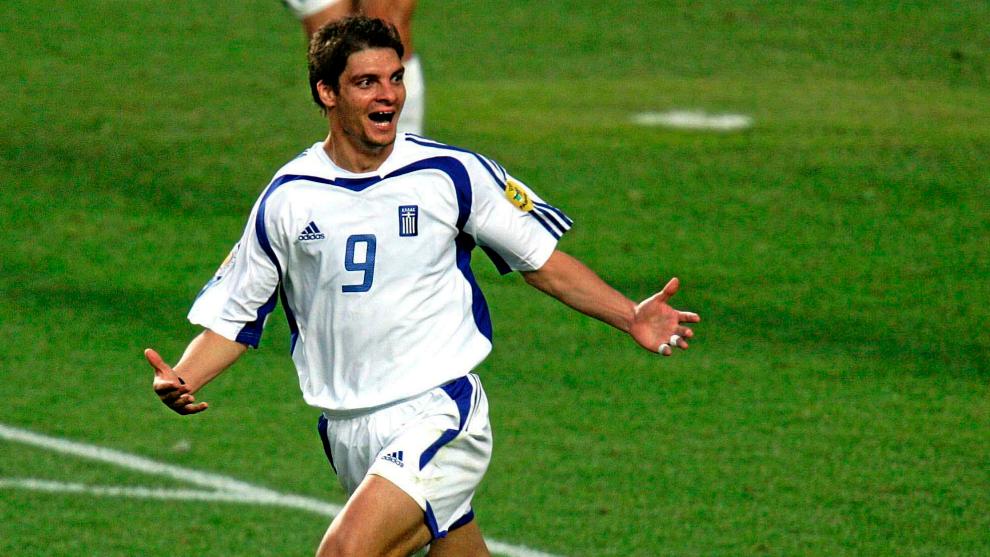 Charisteas celebra el único gol de la final de la Euro 2004