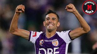 Juande celebra un gol con el Perth Glory.