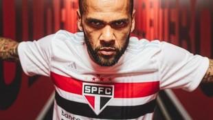 Dani Alves 'raja' del pasotismo de Bolsonaro con el coronavirus