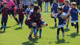 Competición infantil de rugby