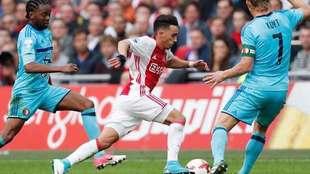 Nouri, en acción con el cuadro holandés.
