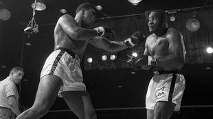 Ali contra Sonny Liston I (1964), sexto asalto.
