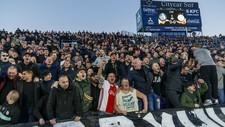 Imagen de la afición del Ajax en el Coliseum.