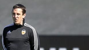 Gary Neville, en la ciudad deportiva de Paterna.