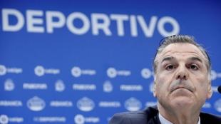 El presidente Fernando Vidal, en una rueda de prensa