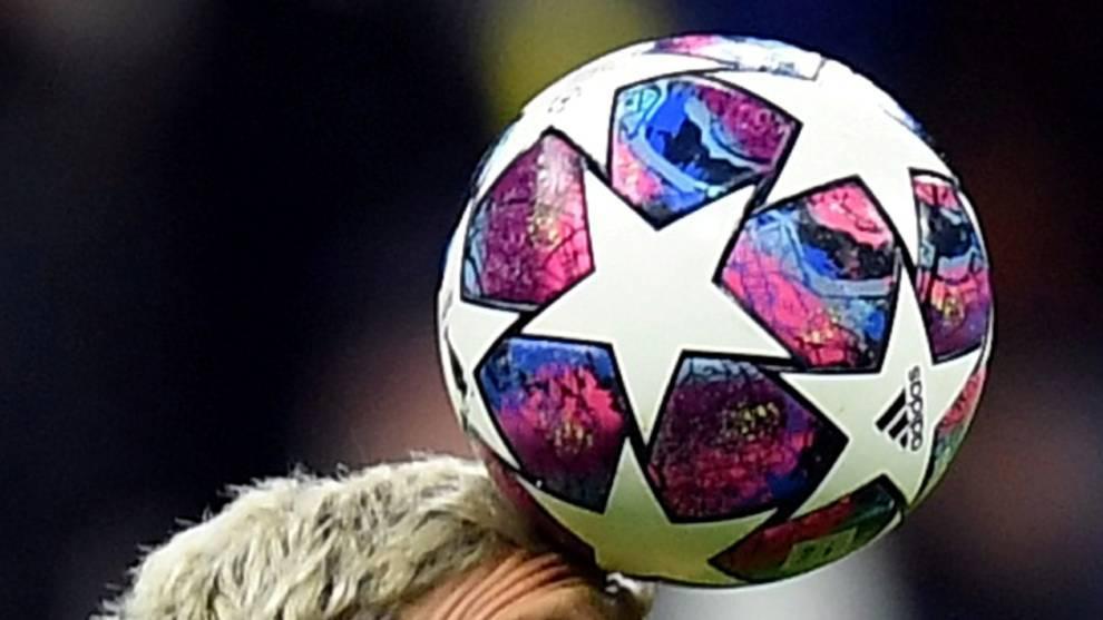 Equipos han reducido el salario de sus futbolistas