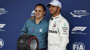 Massa y Hamilton, durante el GP de Brasil de 2019.