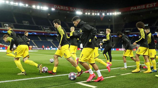 Bundesliga recibiría a 300 personas en los estadios al reanudar el torneo, este jueves se presentará el plan para regresar a las canchas