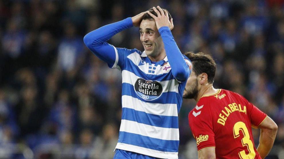 Sabin Merino se lamenta de una ocasión en el partido ante Las Palmas