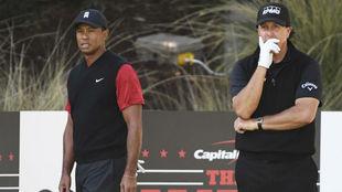 Tiger y Mickelson