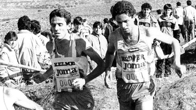 Antonio Serrano (derecha) y José Luis González, en el cross de...