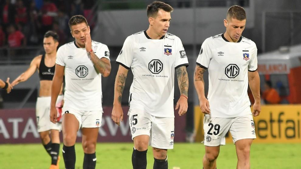 Los futbolistas de Colo Colo, durante un partido de Copa Libertadores