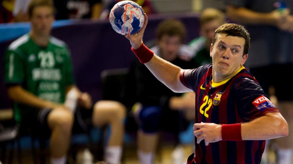 El jugador bielorruso en un partido Champions con el Barça /