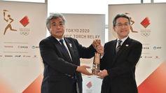Momento en el que se hace entrega de la llama olímpica en Fukushima.