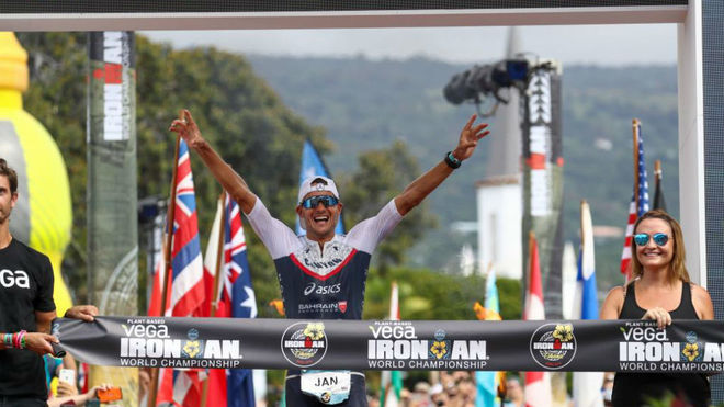 Jan Frodeno entra como ganador del Mundial de Ironman en 2019.