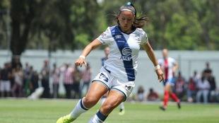 Martínez jugando para Puebla.