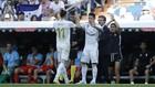 Gareth Bale deja su sitio a James en el partido ante el Granada.