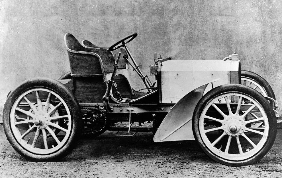 El 35 HP fue el primer modelo que utilizó el entonces nuevo nombre.