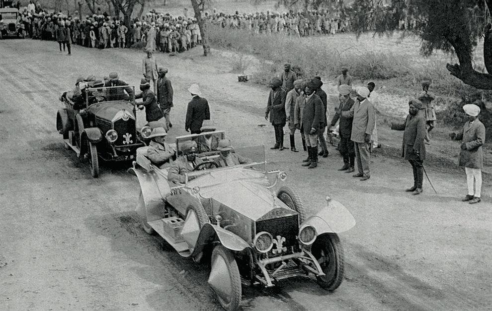 Hasta la venganza del maharajá, Rolls-Royce era en la India el coche más prestigioso.