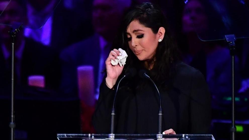 Vanessa Bryant, durante el funeral de su marido.