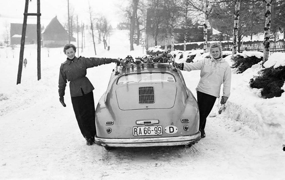 Con el coche acabado, los dos hermanos se lanzaron a disfrutarlo.